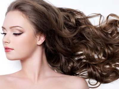красивые волосы у девушки
