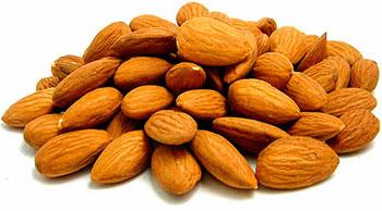зерна из косточек персика