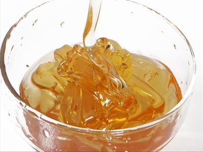мёд в миске