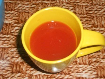 развести воду с томатом
